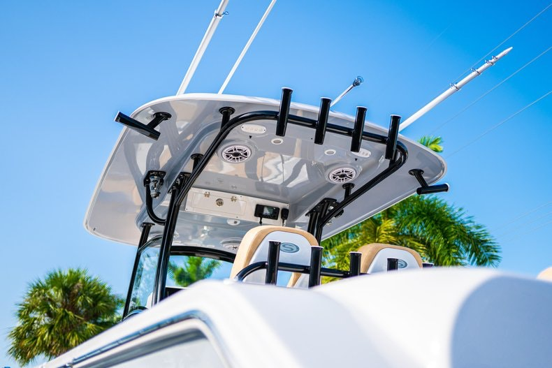 Thumbnail 6 for New 2019 Sportsman Open 312 Center Console boat for sale in Miami, FL