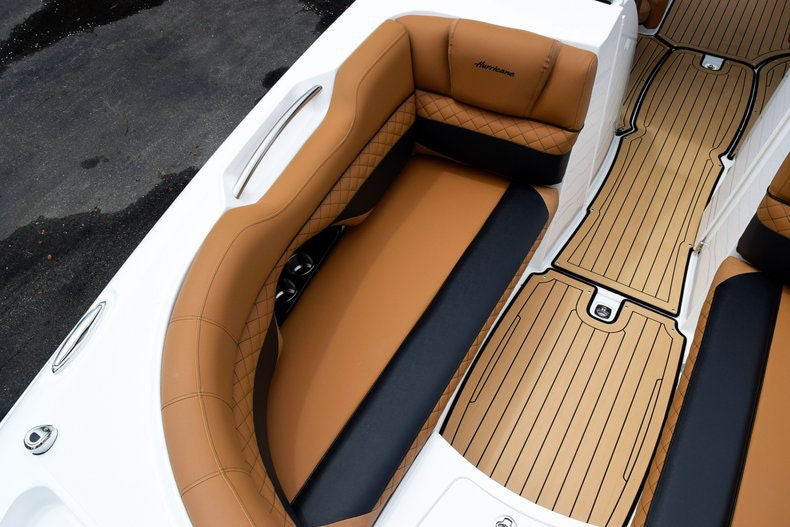 Thumbnail 83 for New 2019 Hurricane SunDeck SD 2690 OB boat for sale in West Palm Beach, FL