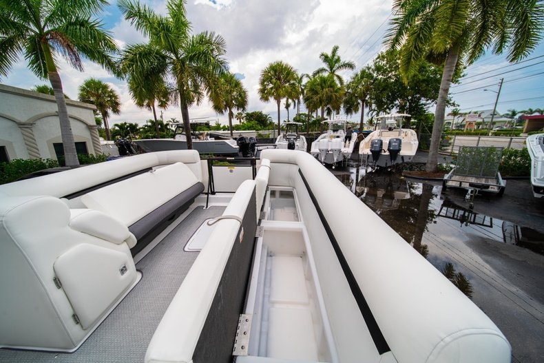 Thumbnail 24 for New 2019 Hurricane FunDeck FD 226 OB boat for sale in Vero Beach, FL