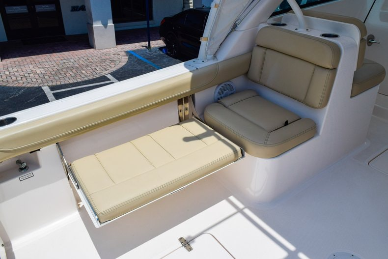 Thumbnail 15 for Used 2016 Pursuit DC 265 Dual Console boat for sale in West Palm Beach, FL