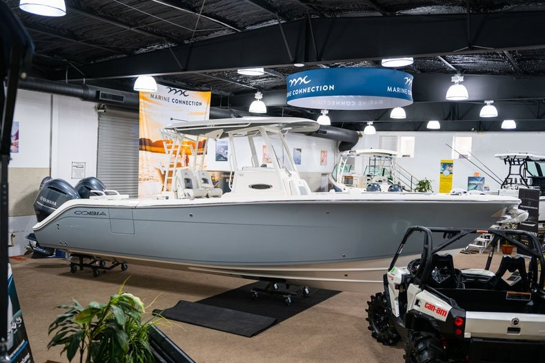 Thumbnail 4 for New 2019 Cobia 301 CC boat for sale in West Palm Beach, FL