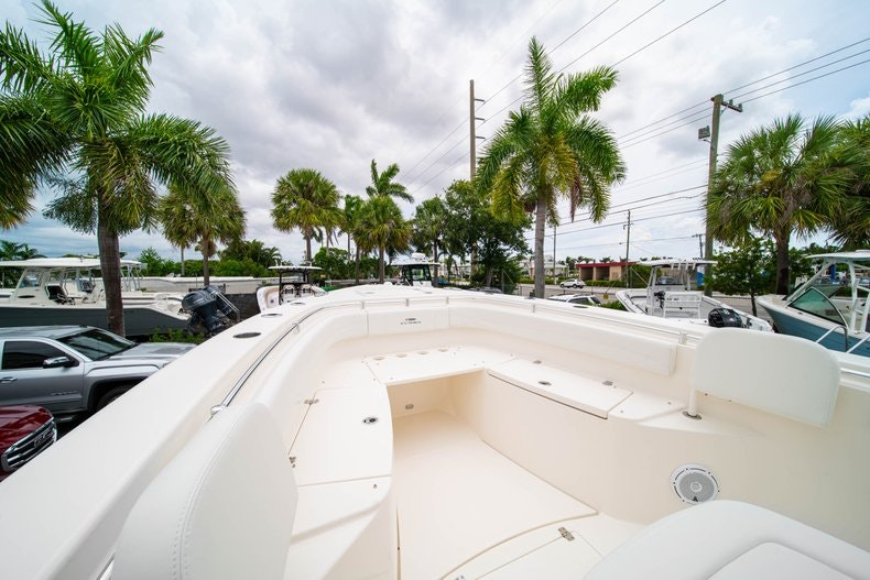 Thumbnail 41 for New 2019 Cobia 301 CC Center Console boat for sale in Islamorada, FL