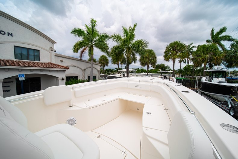 Thumbnail 38 for New 2019 Cobia 301 CC Center Console boat for sale in Islamorada, FL