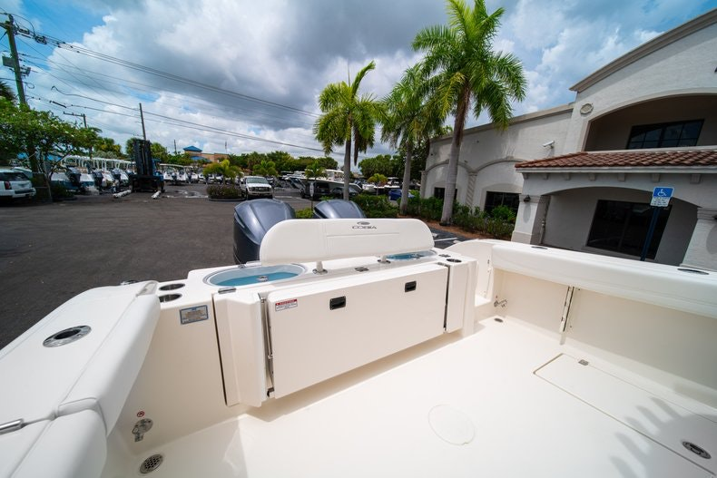 Thumbnail 14 for New 2019 Cobia 301 CC Center Console boat for sale in Islamorada, FL