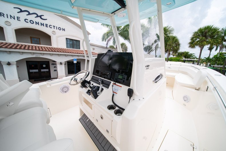 Thumbnail 24 for New 2019 Cobia 301 CC Center Console boat for sale in Islamorada, FL