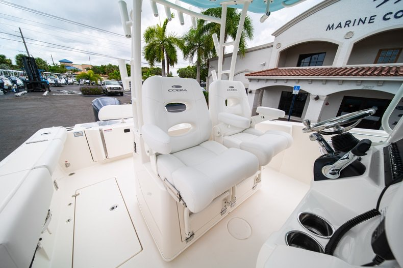 Thumbnail 32 for New 2019 Cobia 301 CC Center Console boat for sale in Islamorada, FL