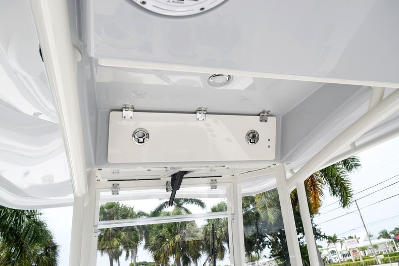 Thumbnail 48 for New 2019 Cobia 262 Center Console boat for sale in Fort Lauderdale, FL