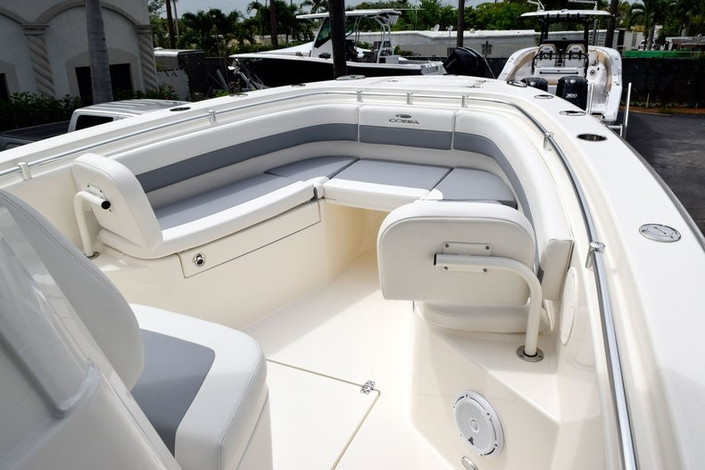 Thumbnail 58 for New 2019 Cobia 262 Center Console boat for sale in Fort Lauderdale, FL