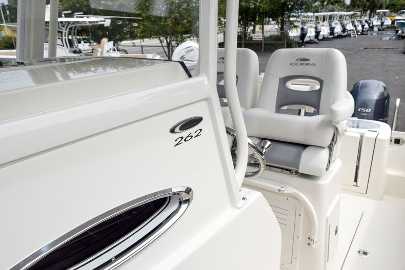 Thumbnail 91 for New 2019 Cobia 262 Center Console boat for sale in Fort Lauderdale, FL