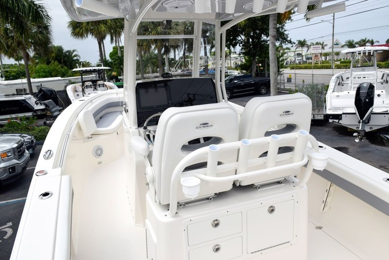 Thumbnail 94 for New 2019 Cobia 262 Center Console boat for sale in Fort Lauderdale, FL