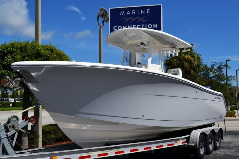 Thumbnail 1 for New 2020 Cobia 280 Center Console boat for sale in Vero Beach, FL