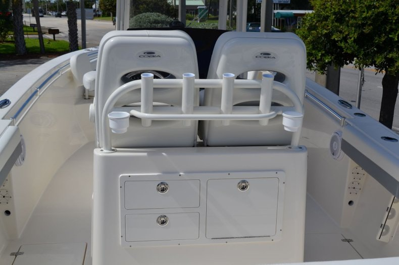 Thumbnail 10 for New 2020 Cobia 280 Center Console boat for sale in Vero Beach, FL