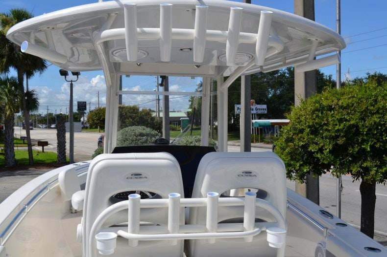 Thumbnail 9 for New 2020 Cobia 280 Center Console boat for sale in Vero Beach, FL