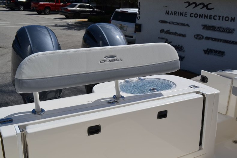 Thumbnail 19 for New 2020 Cobia 280 Center Console boat for sale in Vero Beach, FL