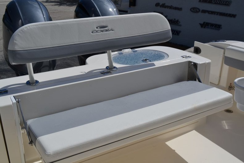 Thumbnail 20 for New 2020 Cobia 280 Center Console boat for sale in Vero Beach, FL
