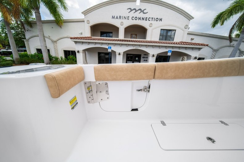 Thumbnail 21 for New 2020 Sportsman Open 252 Center Console boat for sale in Miami, FL