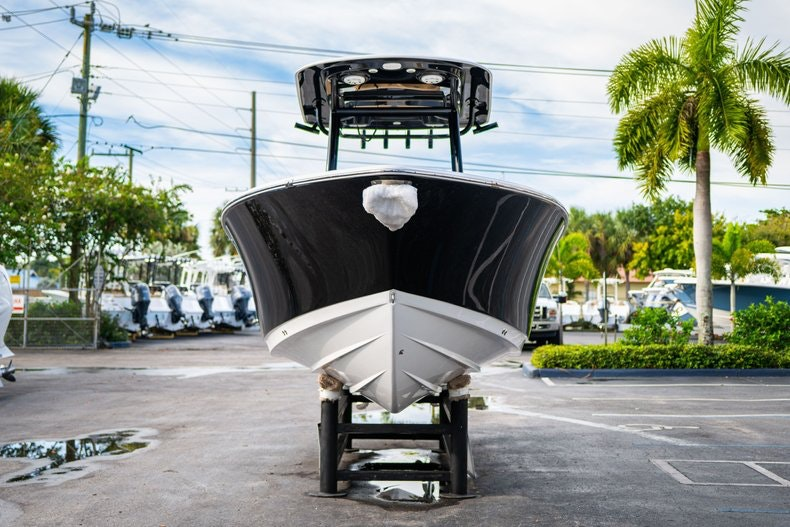 Thumbnail 2 for New 2020 Sportsman Open 252 Center Console boat for sale in Miami, FL