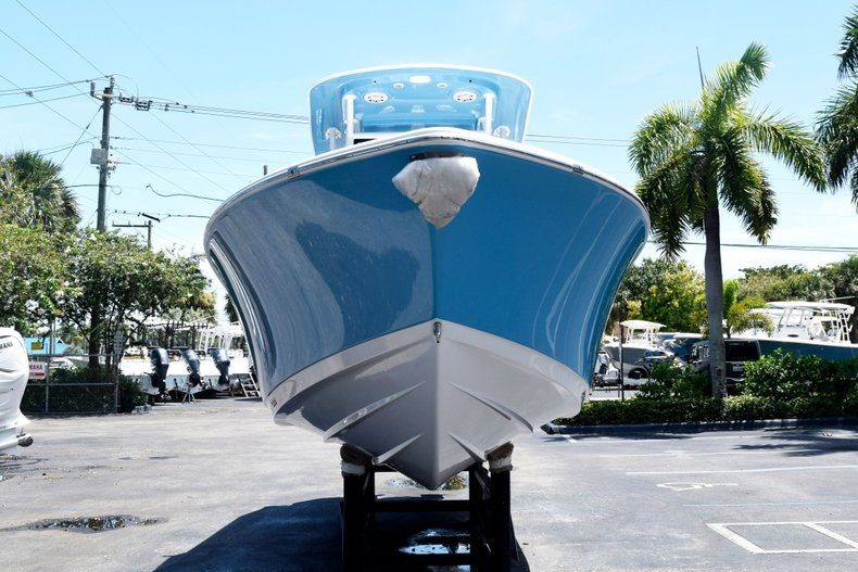 Thumbnail 2 for New 2020 Sportsman Open 282 Center Console boat for sale in Miami, FL