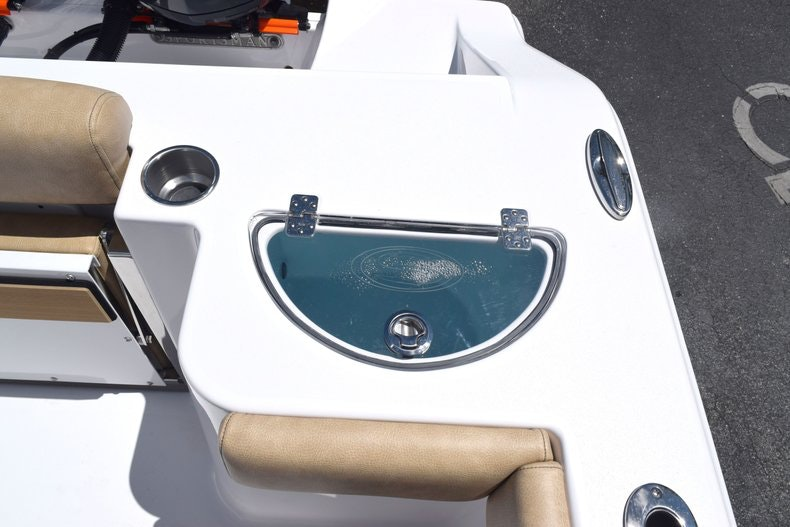 Thumbnail 12 for New 2020 Sportsman Open 282 Center Console boat for sale in Miami, FL
