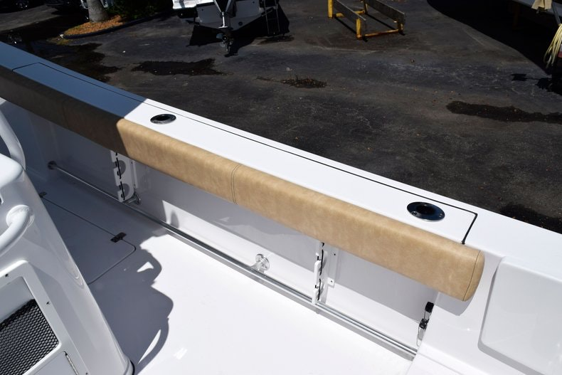 Thumbnail 16 for New 2020 Sportsman Open 282 Center Console boat for sale in Miami, FL