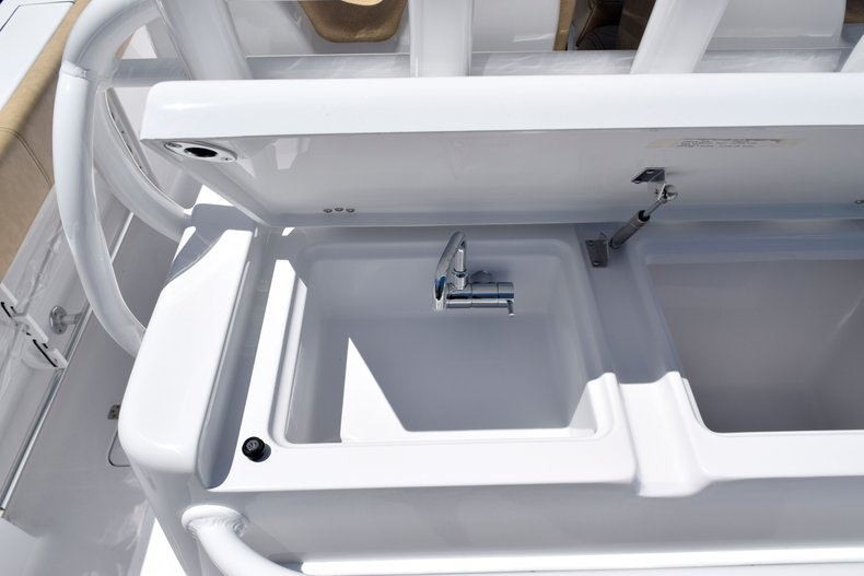 Thumbnail 22 for New 2020 Sportsman Open 282 Center Console boat for sale in Miami, FL