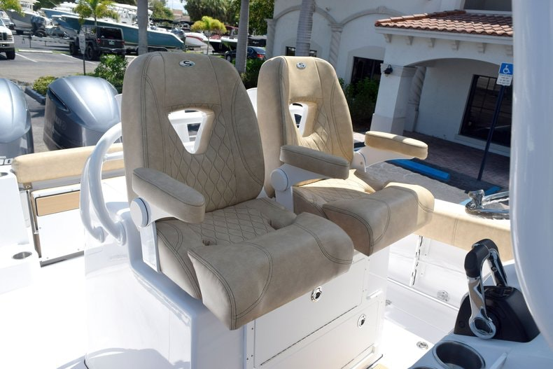 Thumbnail 39 for New 2020 Sportsman Open 282 Center Console boat for sale in Miami, FL