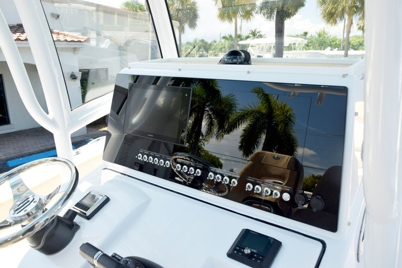 Thumbnail 59 for New 2020 Sportsman Open 282 Center Console boat for sale in Miami, FL