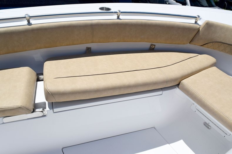 Thumbnail 73 for New 2020 Sportsman Open 282 Center Console boat for sale in Miami, FL