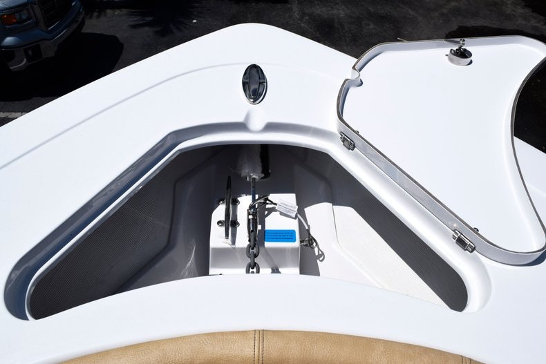 Thumbnail 79 for New 2020 Sportsman Open 282 Center Console boat for sale in Miami, FL