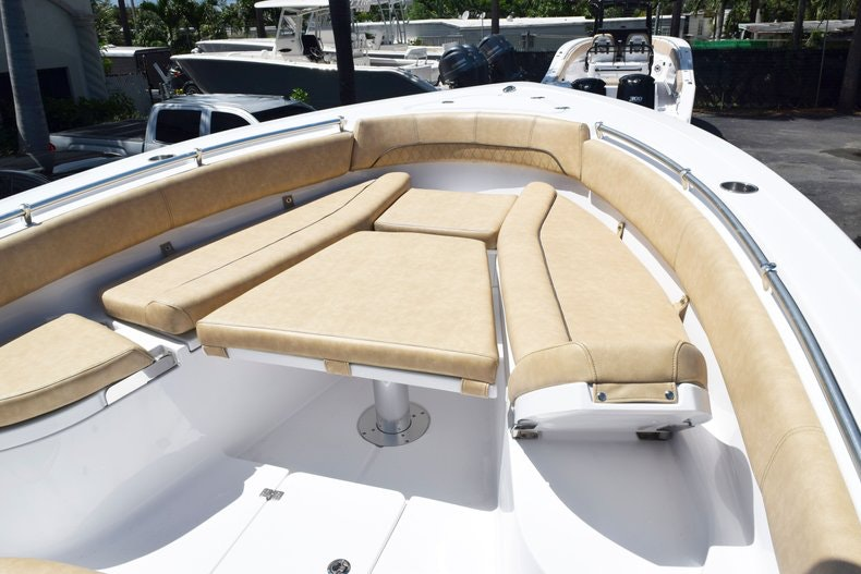 Thumbnail 86 for New 2020 Sportsman Open 282 Center Console boat for sale in Miami, FL