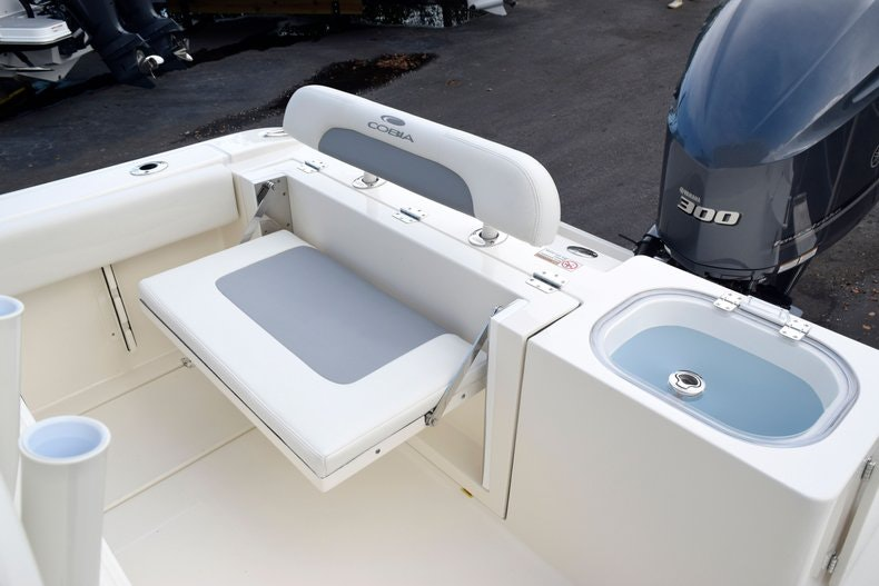 Thumbnail 13 for New 2020 Cobia 237 CC boat for sale in Fort Lauderdale, FL
