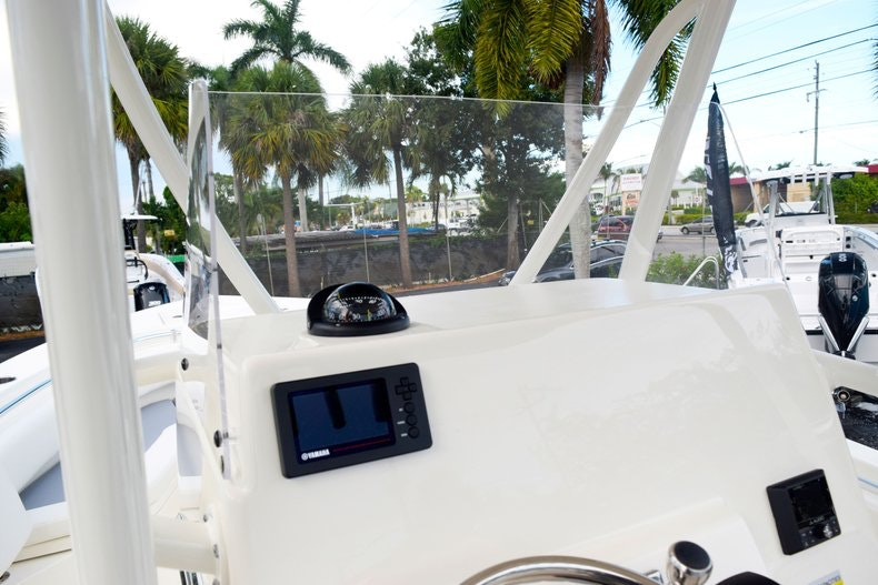 Thumbnail 44 for New 2020 Cobia 237 CC boat for sale in Fort Lauderdale, FL