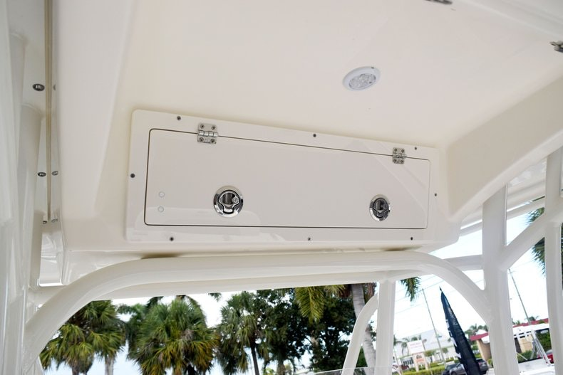 Thumbnail 46 for New 2020 Cobia 237 CC boat for sale in Fort Lauderdale, FL