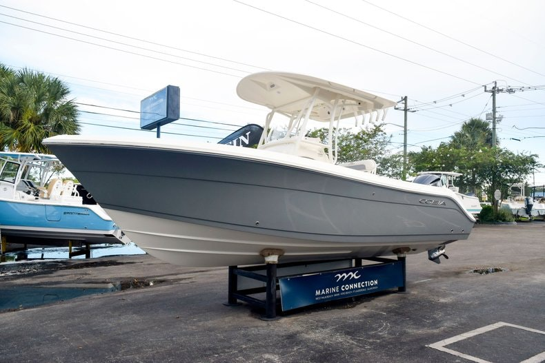 Thumbnail 1 for New 2020 Cobia 237 CC boat for sale in Fort Lauderdale, FL