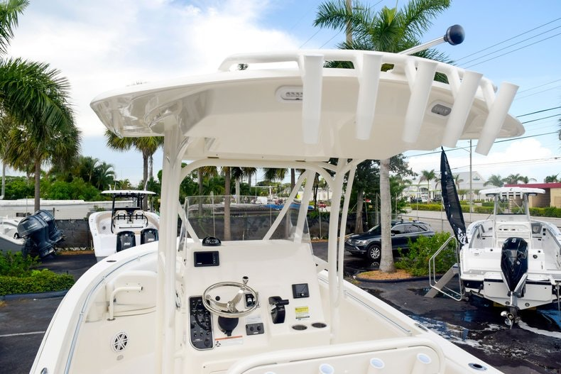 Thumbnail 11 for New 2020 Cobia 237 CC boat for sale in Fort Lauderdale, FL