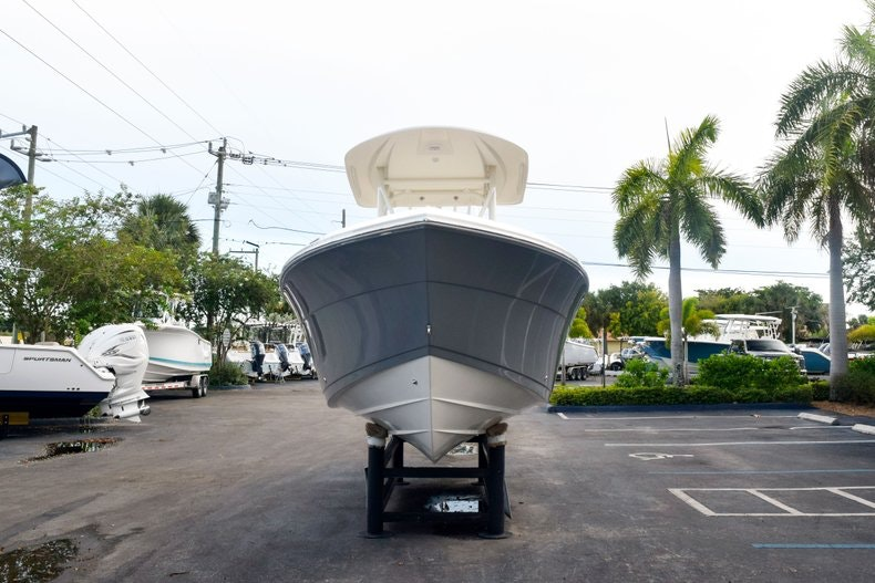 Thumbnail 2 for New 2020 Cobia 237 CC boat for sale in Fort Lauderdale, FL