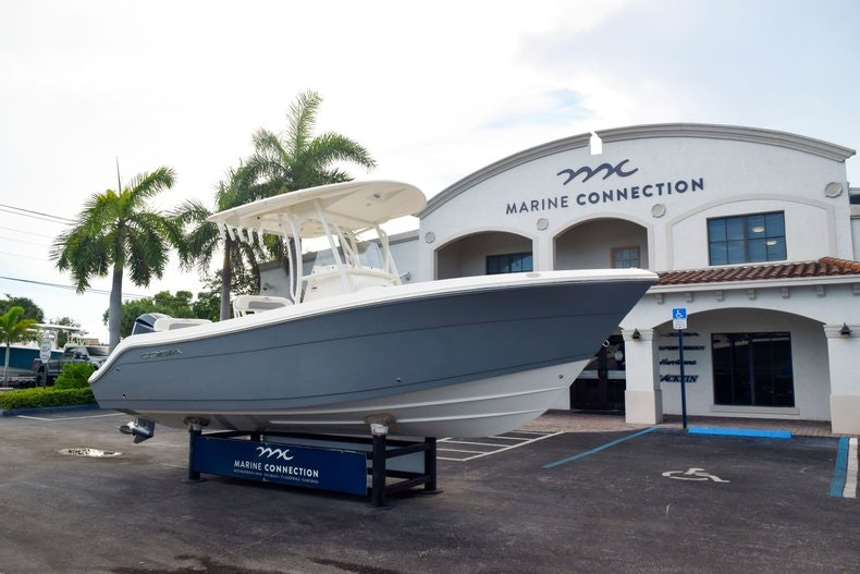 Thumbnail 3 for New 2020 Cobia 237 CC boat for sale in Fort Lauderdale, FL