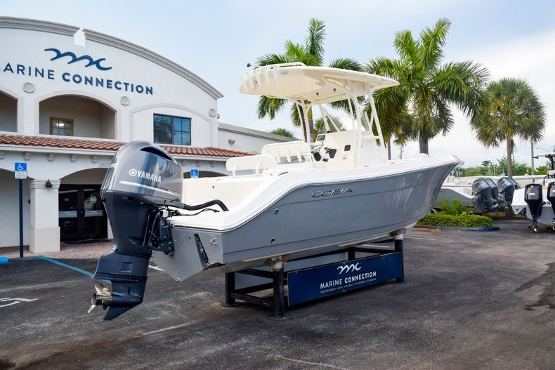 Thumbnail 5 for New 2020 Cobia 237 CC boat for sale in Fort Lauderdale, FL