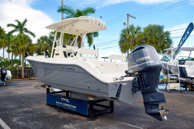 Thumbnail 7 for New 2020 Cobia 237 CC boat for sale in Fort Lauderdale, FL