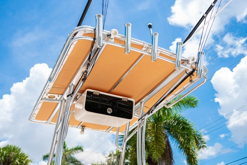 Thumbnail 8 for Used 2017 Pioneer 202 boat for sale in West Palm Beach, FL
