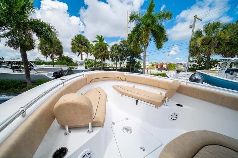 Thumbnail 41 for New 2020 Sportsman Open 252 Center Console boat for sale in Vero Beach, FL