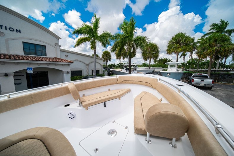 Thumbnail 39 for New 2020 Sportsman Open 252 Center Console boat for sale in Vero Beach, FL