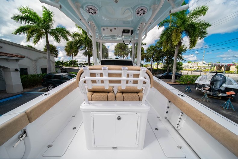 Thumbnail 20 for New 2020 Sportsman Open 252 Center Console boat for sale in Vero Beach, FL