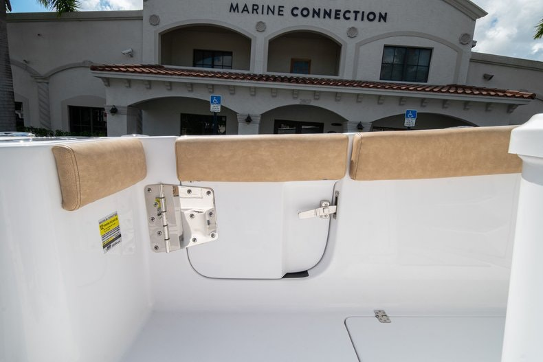 Thumbnail 13 for New 2020 Sportsman Open 252 Center Console boat for sale in Vero Beach, FL
