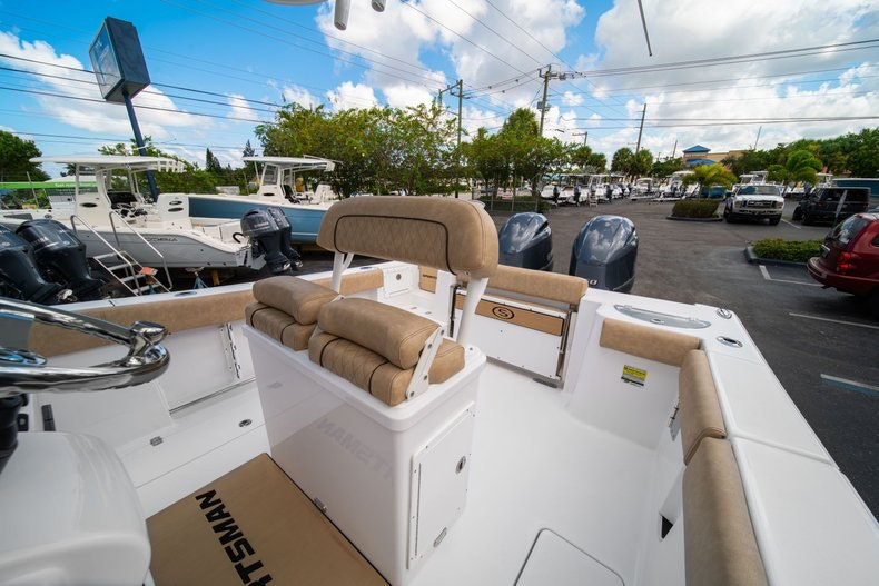 Thumbnail 28 for New 2020 Sportsman Open 252 Center Console boat for sale in Vero Beach, FL