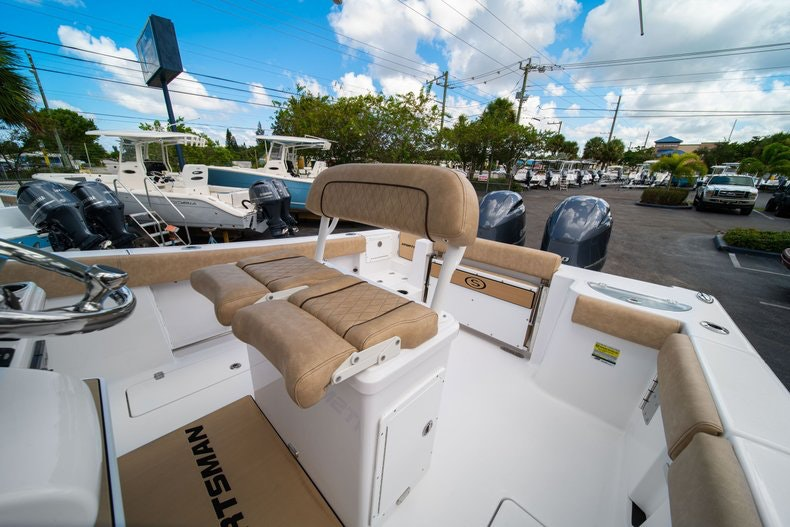 Thumbnail 29 for New 2020 Sportsman Open 252 Center Console boat for sale in Vero Beach, FL
