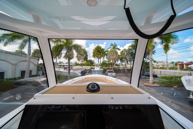 Thumbnail 37 for New 2020 Sportsman Open 252 Center Console boat for sale in Vero Beach, FL