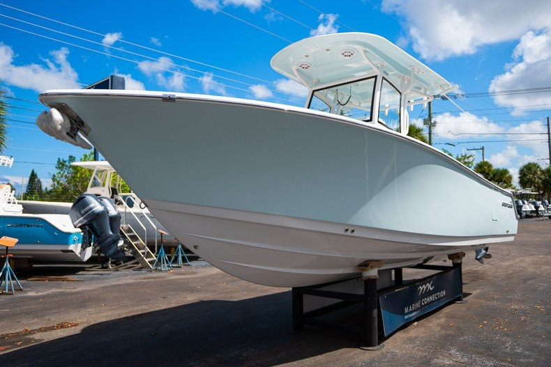 Thumbnail 3 for New 2020 Sportsman Open 252 Center Console boat for sale in Vero Beach, FL