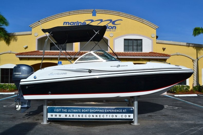Image 0 for 2014 Hurricane SunDeck SD 187 OB in West Palm Beach, FL