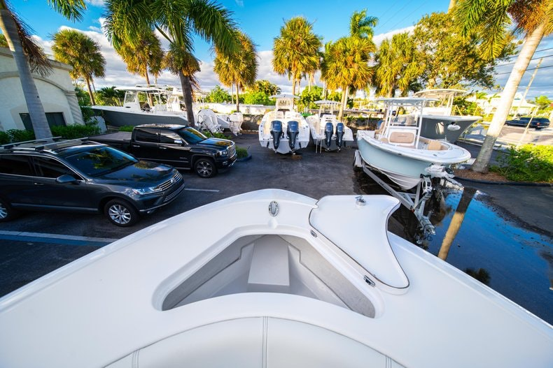 Thumbnail 46 for New 2020 Sportsman Open 232 Center Console boat for sale in West Palm Beach, FL